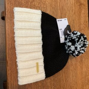MICHAEL KORS COLORBLOCK HAT BLACK/WHITE NWT!